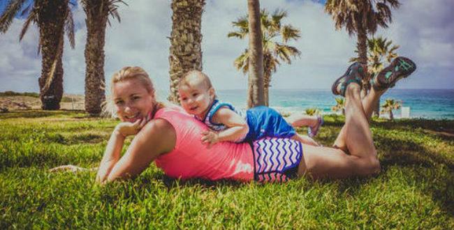 μωρό και παραλία