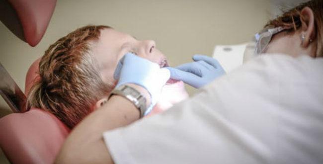 Το παιδί μου φοβάται τον οδοντίατρο, τί να κάνω; Συμβουλές!