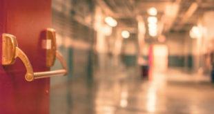 σχολείο και άρνηση