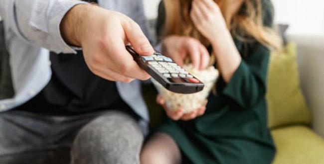 5 «δίδυμα» τηλεοπτικών σειρών που μας έκαναν να ξεκαρδιστούμε!