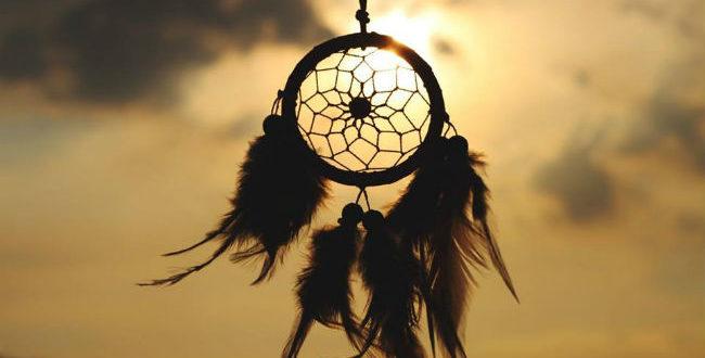 Τα όνειρα για να τα ζήσεις πρέπει πρώτα να ξυπνήσεις…