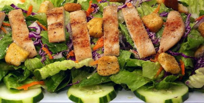 Σπιτική, πανεύκολη σαλάτα του Καίσαρα για όλη την οικογένεια!