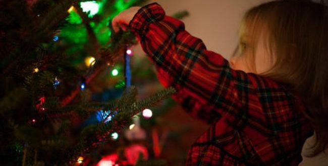 Πώς να περάσετε δημιουργικό χρόνο με τα παιδιά σας τα Χριστούγεννα.