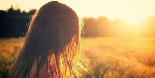 Στην μοναξιά σου μάθε να αγαπάς εσένα.