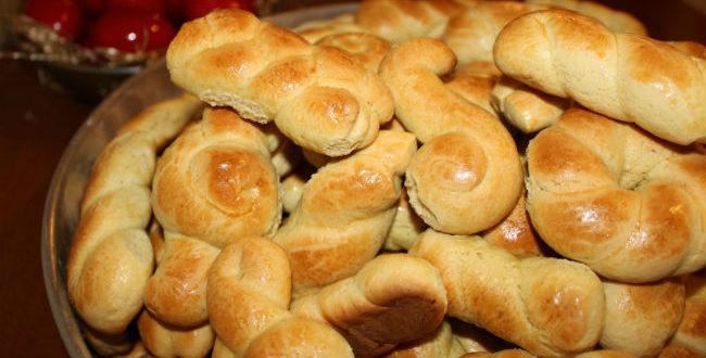 Κουλούρια πασχαλινά: Η παραδοσιακή συνταγή για να μοσχοβολήσει το σπίτι!