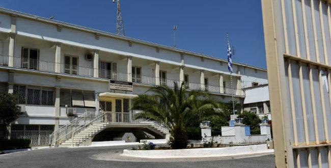 «Μαφία» των φυλάκων: Συνελήφθη και ο δικηγόρος Παναγόπουλος