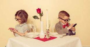 Πως βοηθάμε όλοι στο οικογενειακό τραπέζι