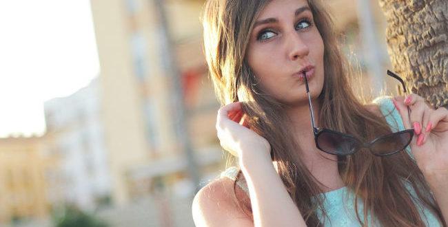 Τι να το κάνω αν είσαι όμορφη εξωτερικά, αλλά έχεις καβαλήσει το «καλάμι»;