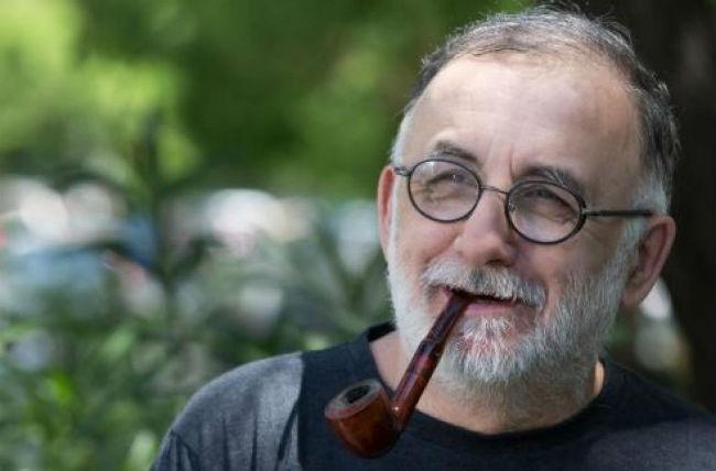 Συγκίνηση για τον Θάνο Μικρούτσικο: «Δίνω μάχη για τη ζωή μου» - Τα σπαρακτικά του λόγια (vid)