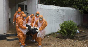 Έμπολα: Όλα όσα πρέπει να γνωρίζετε για τον θανατηφόρο ιό