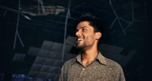 Karan Prasher: Ο Ινδός σκηνοθέτης που ζει και μεγαλουργεί στην Πάτρα