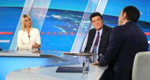 H «μπηχτή» Τσίπρα στην Κοσιώνη για τον Κώστα Μπακογιάννη και η αντίδραση της παρουσιάστριας