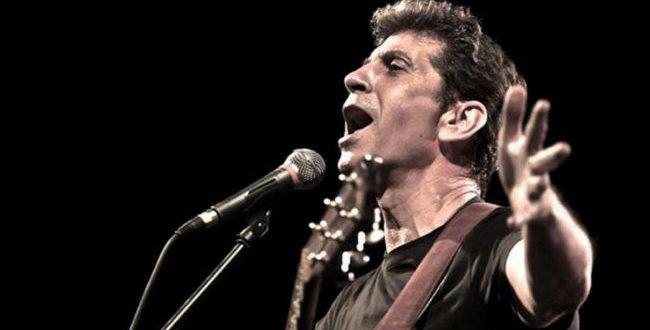 Σωκράτης Μάλαμας: Γιατί διέκοψε με βρισιές τη συναυλία του