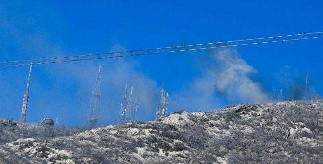 Σε ύφεση η μεγάλη πυρκαγιά στον Υμηττό: Κάηκαν δύο σπίτια, αγωνία για τις αναζωπυρώσεις