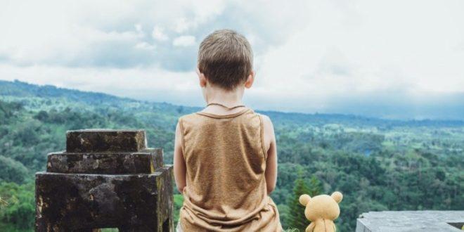 «Τα διαφορετικά παιδιά, τριανταφυλλιές με αγκάθια»: Το κείμενο ενός εκπαιδευτικού που συγκινεί…