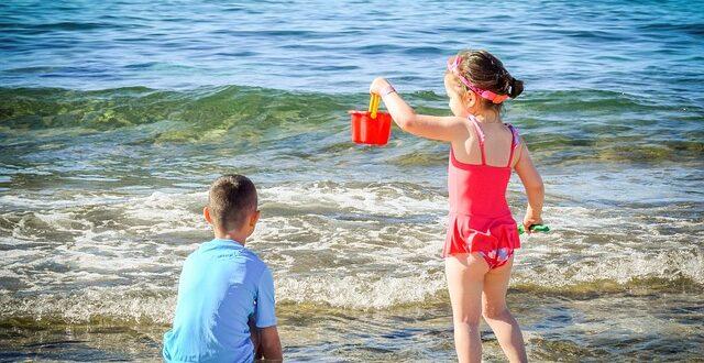 Θάλασσα: Πώς να απασχολήσετε τα παιδιά στην παραλία, δημιουργικά;