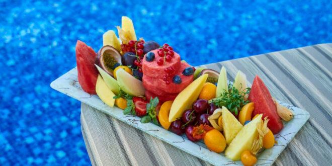 Διατροφή στην παραλία: Τί να προσέχουμε και τί να επιλέγουμε;