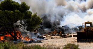 Κάτοικος του χωριού Αθίκια Κορινθίας περιγράφει στο Nancy's Blog την τραγική κατάσταση
