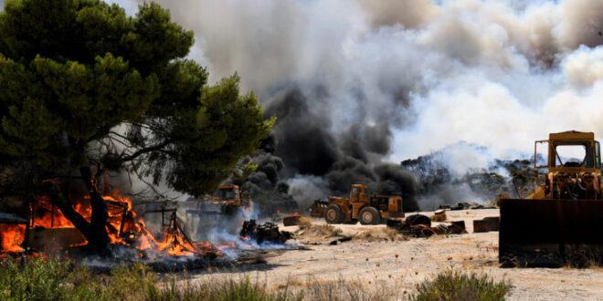 Φωτιά Αθίκια Κορινθίας: Κάτοικος του χωριού περιγράφει στο Nancy's Blog τις εφιαλτικές στιγμές της πύρινης λαίλαπας