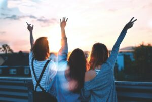 Αληθινή και ψεύτικη φιλία! Εσένα οι φίλοι σου σε ποια κατηγορία ανήκουν;