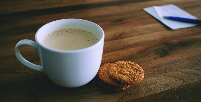Μπισκότα με ταχίνι: Ένα γλυκό που θα σας ξετρελάνει!