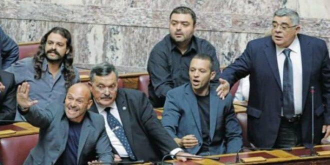 Ιστορική απόφαση : Εγκληματική οργάνωση η Χρυσή Αυγή – Ενοχοι Μιχαλολιάκος και όλοι οι πρώην βουλευτές