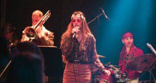 Annie & The Masterpeace: Ένα συγκρότημα βγαλμένο από τα 60s και τα 70s